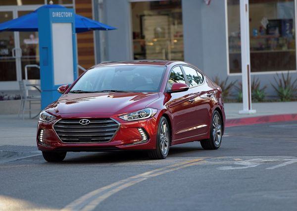 Hyundai-Elantra_2017
