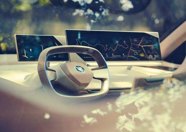 BMW-Vision_iNEXT_Concept-2018 (15)