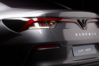 690540b5-vinfast-suv-sedan-paris-debut-12